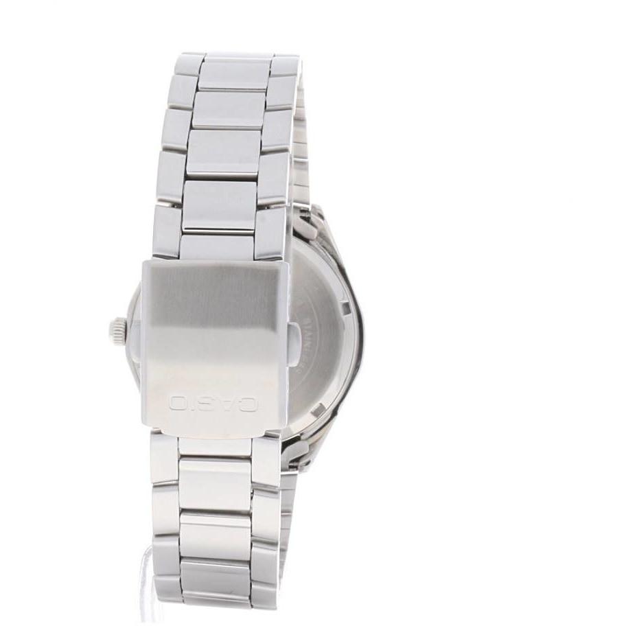 new watches man Casio EF-121D-1AVEF