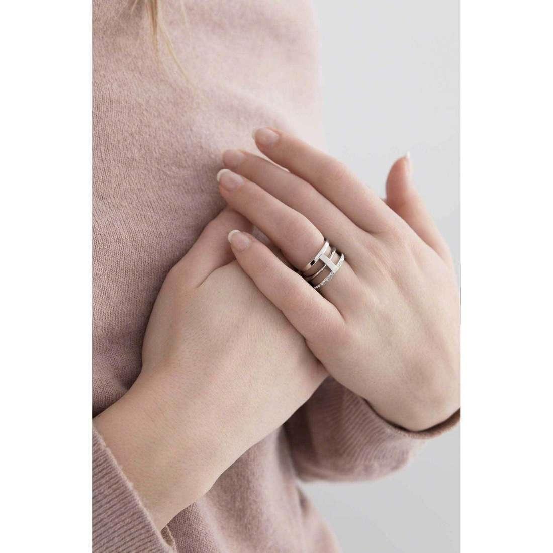 Breil anelli Airy donna TJ1836 indosso
