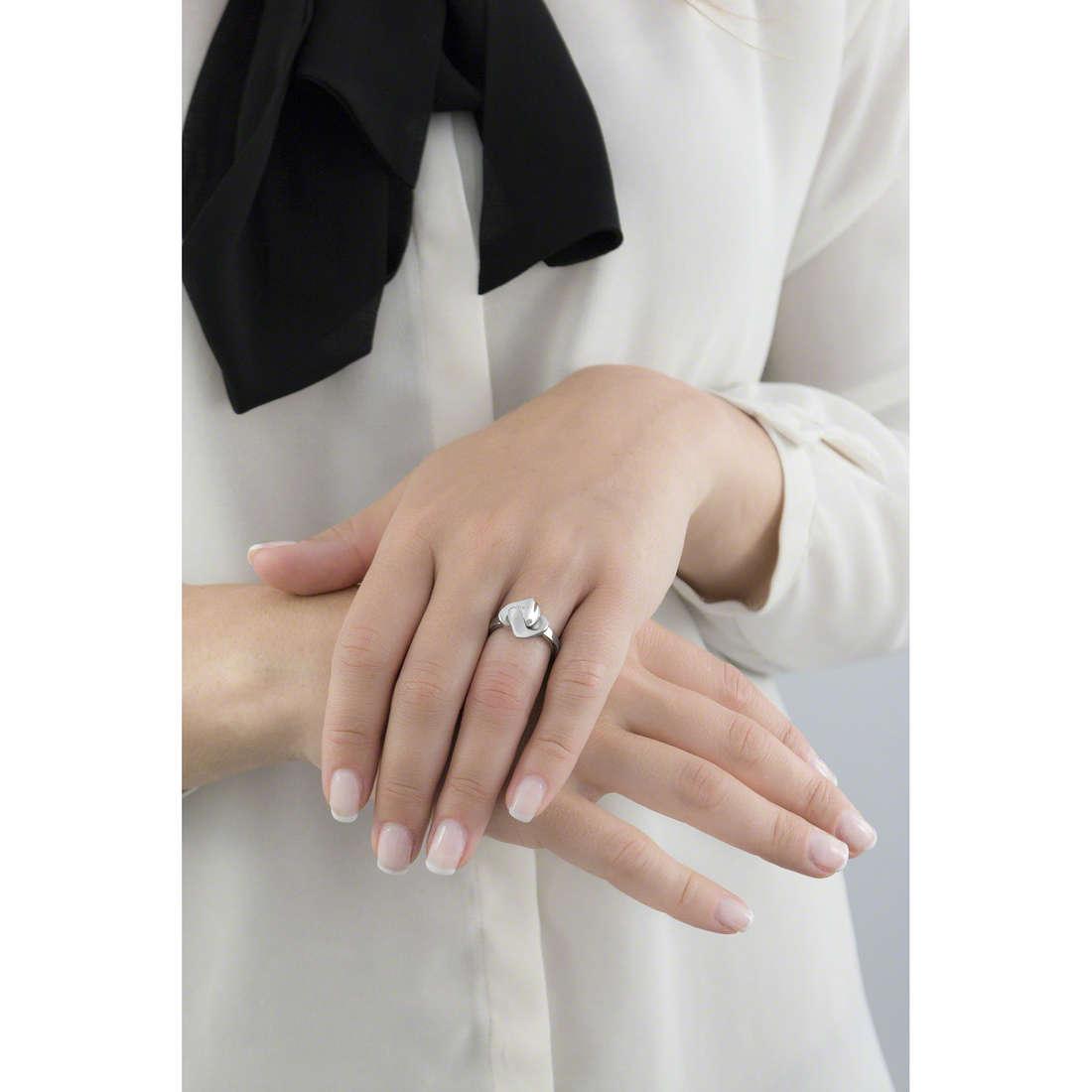 Breil anelli Beat Flavor donna TJ1501 indosso