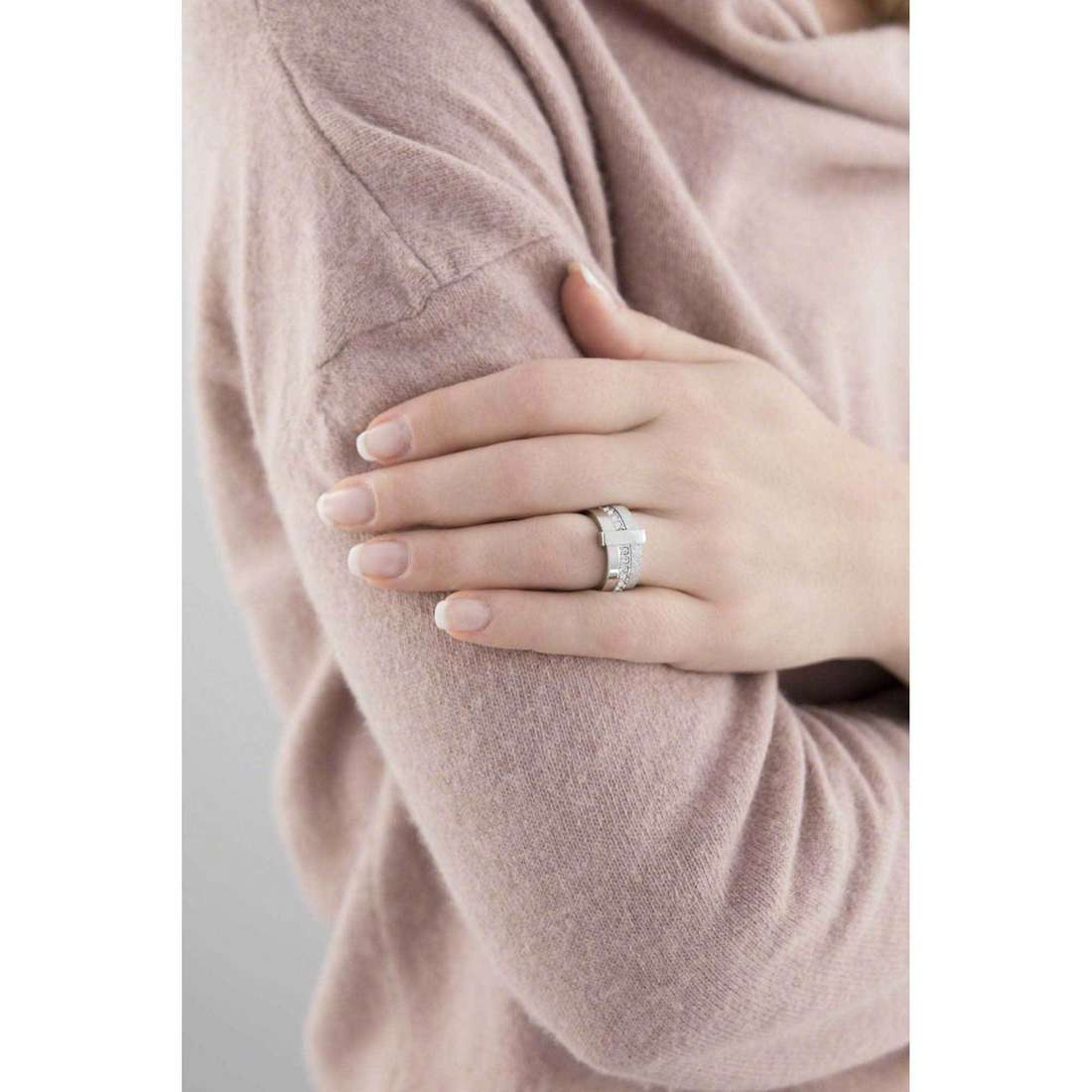 Breil anelli Breilogy donna TJ1473 indosso