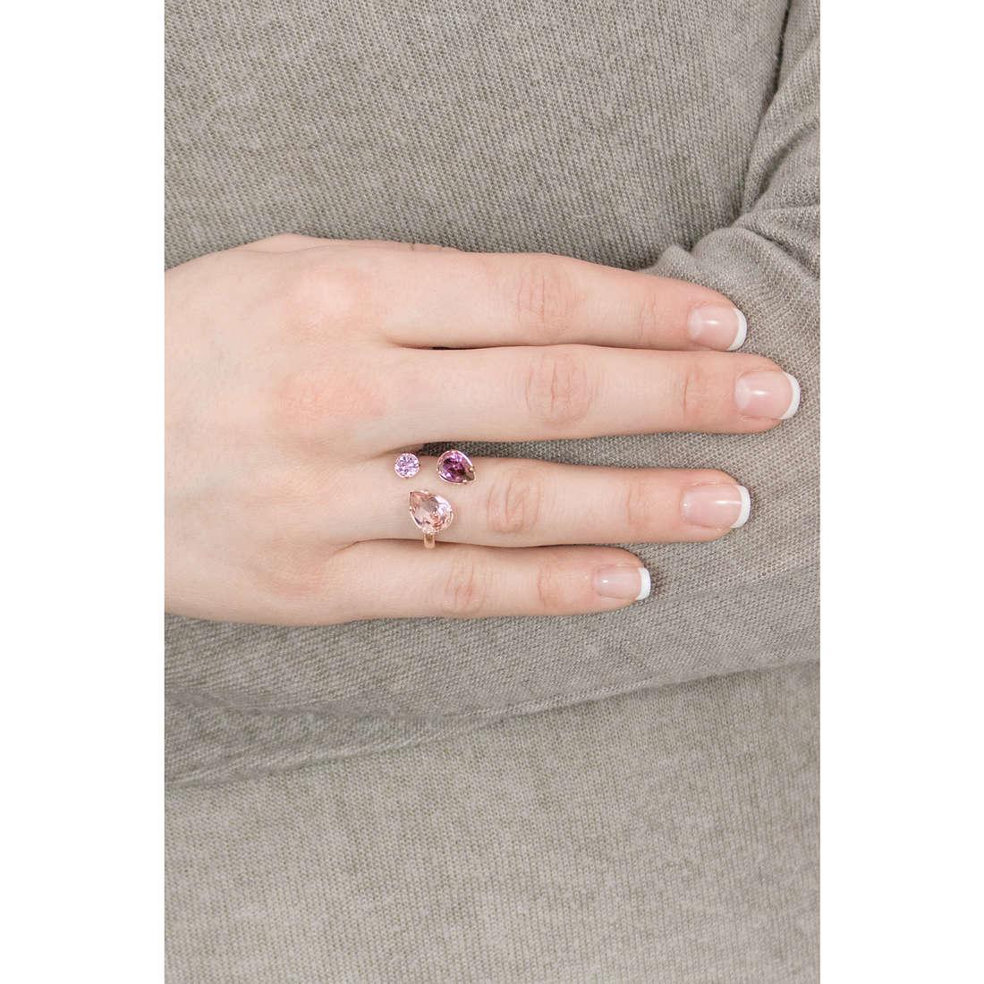 Brosway anelli Affinity donna BFF35B indosso