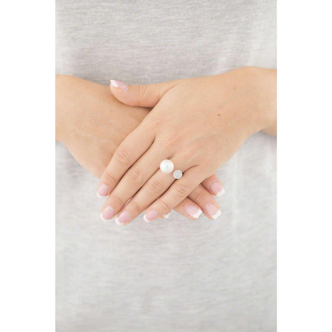 Emporio Armani anelli donna EGS2231040508 indosso