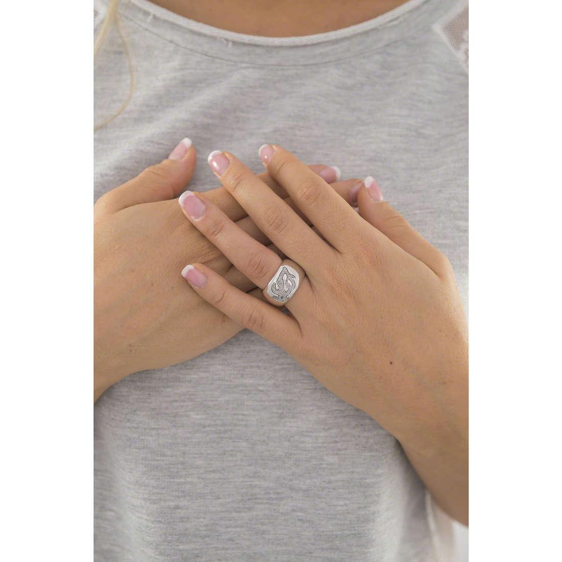Liujo anelli Destini donna LJ888 indosso