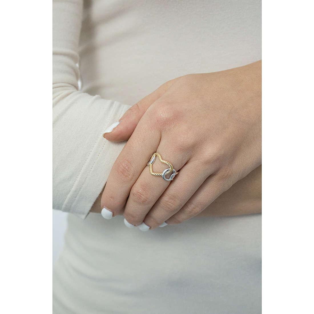 Morellato anelli Essenza donna SAGX16014 indosso