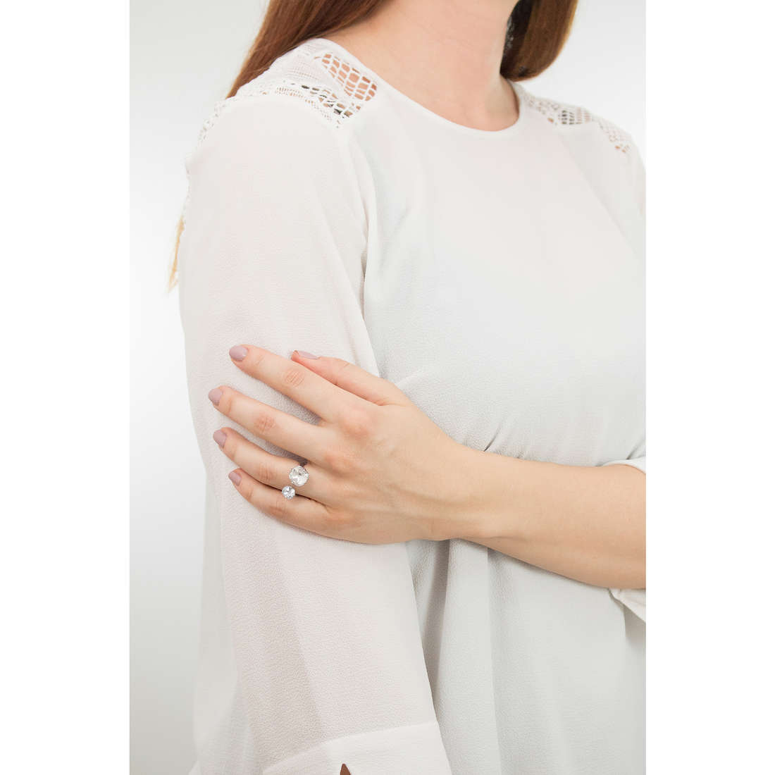 Brosway bagues Affinity femme BFF37B indosso