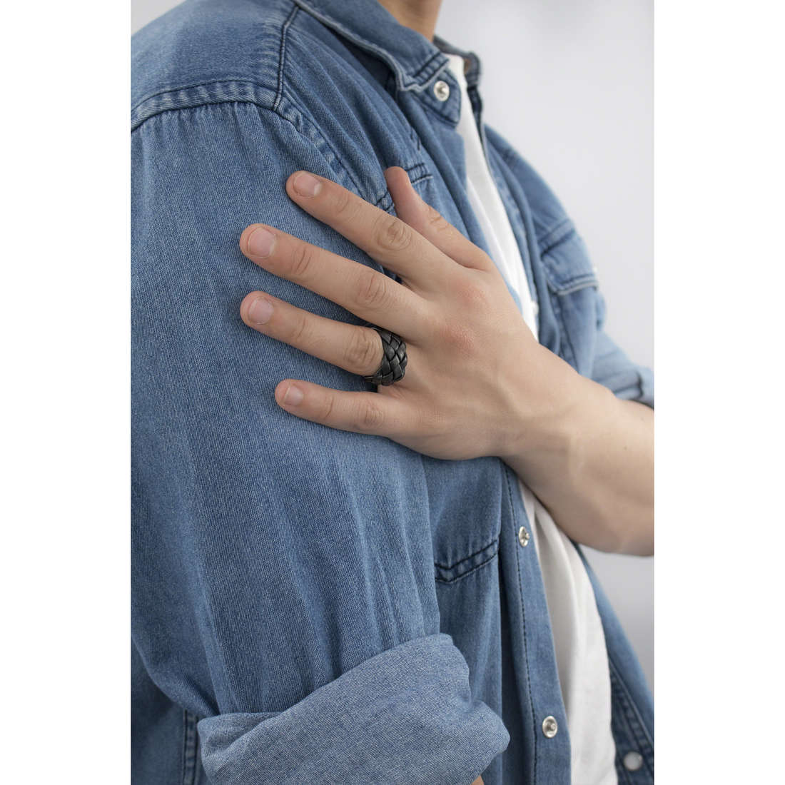 Brosway bagues homme BSO31F indosso