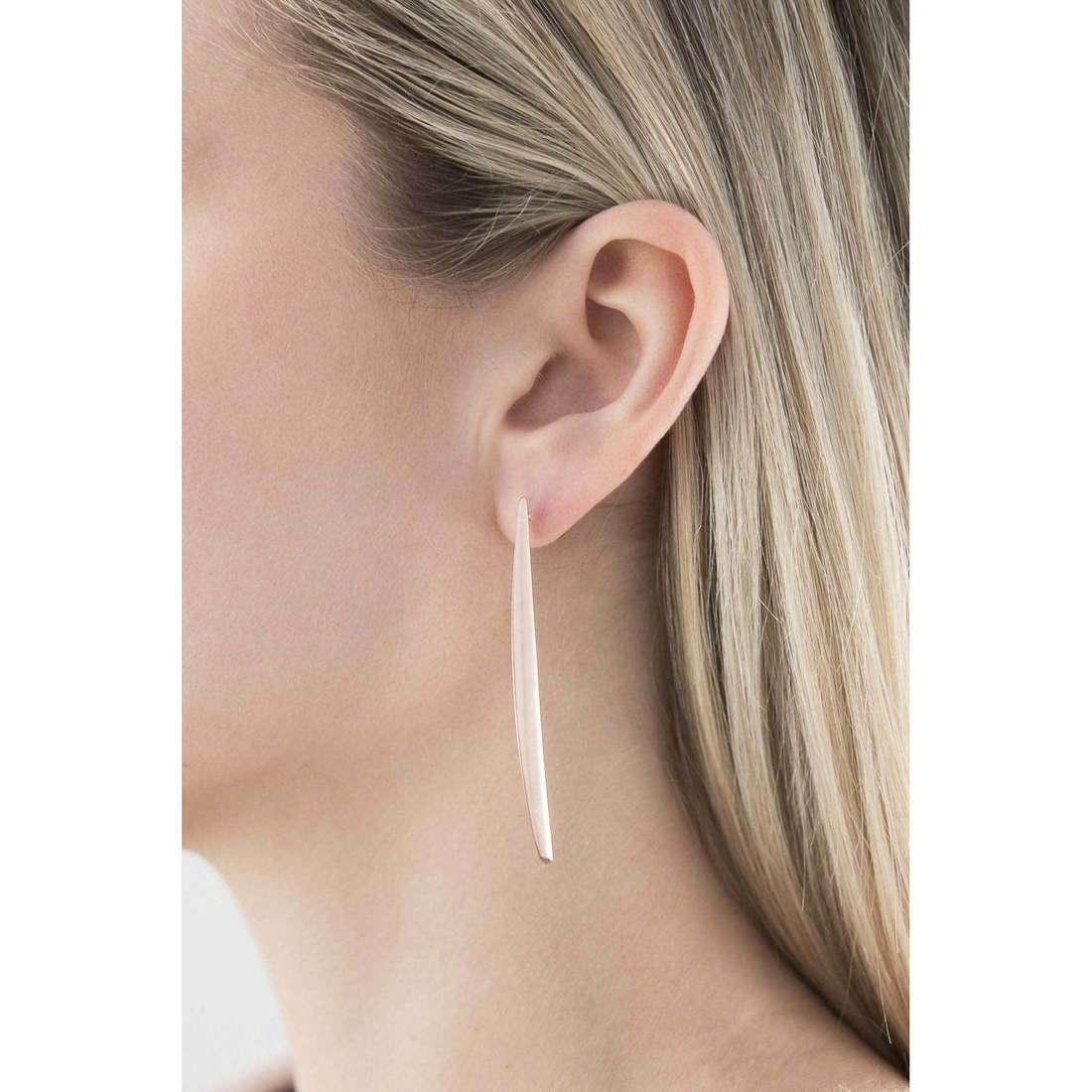 Breil boucles d'oreille Airy femme TJ1841 indosso