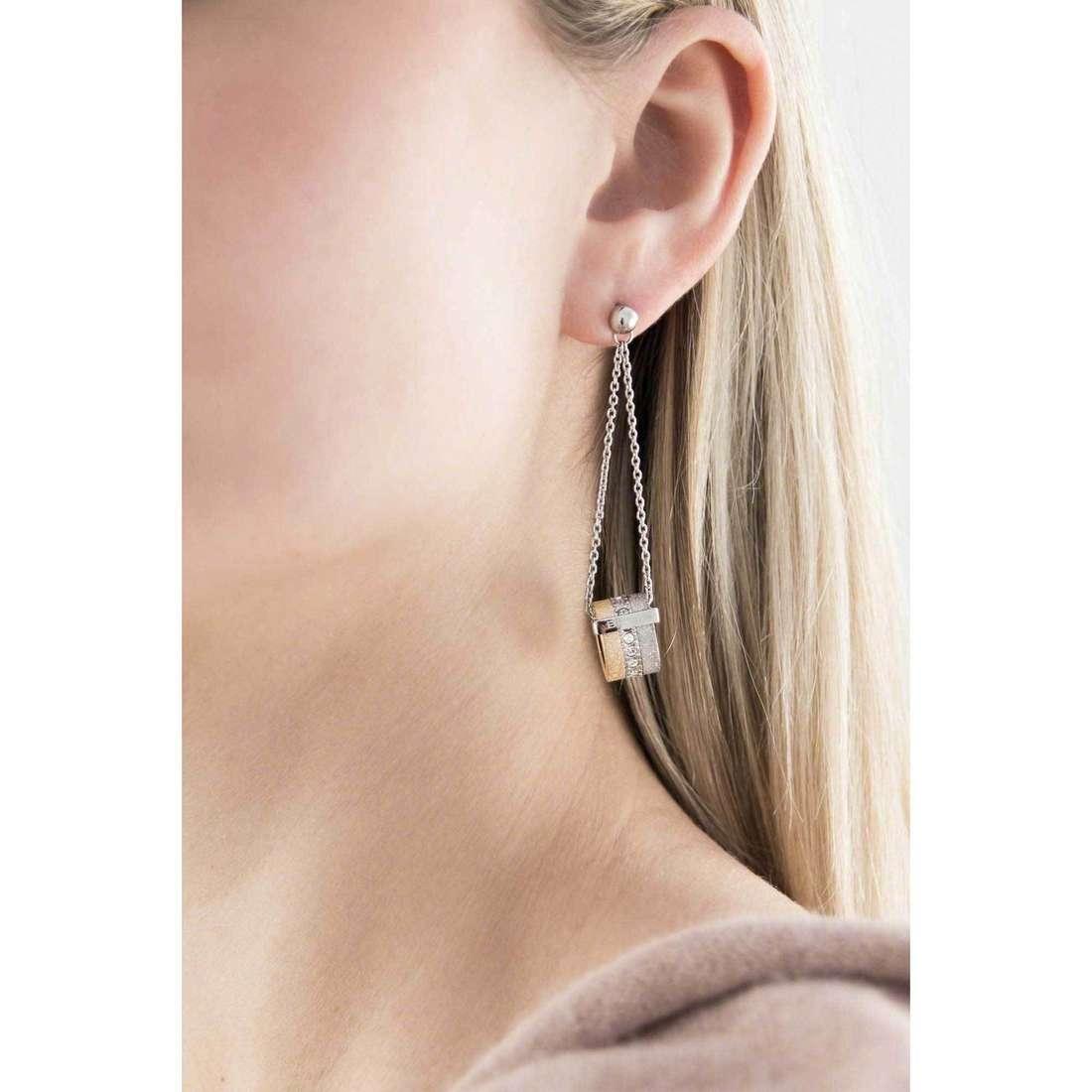 Breil boucles d'oreille Breilogy femme TJ1429 indosso