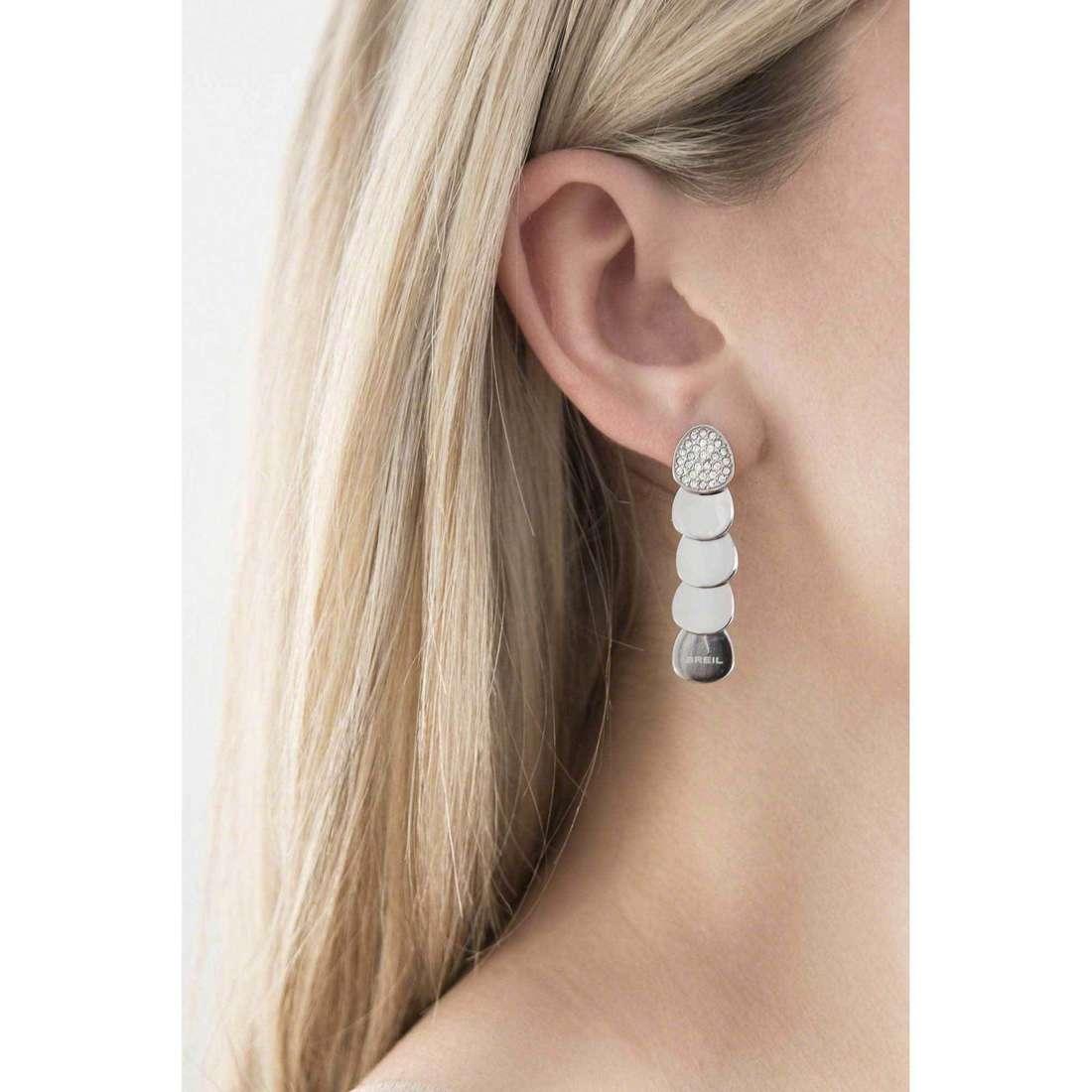 Breil boucles d'oreille Gipsy femme TJ1567 indosso