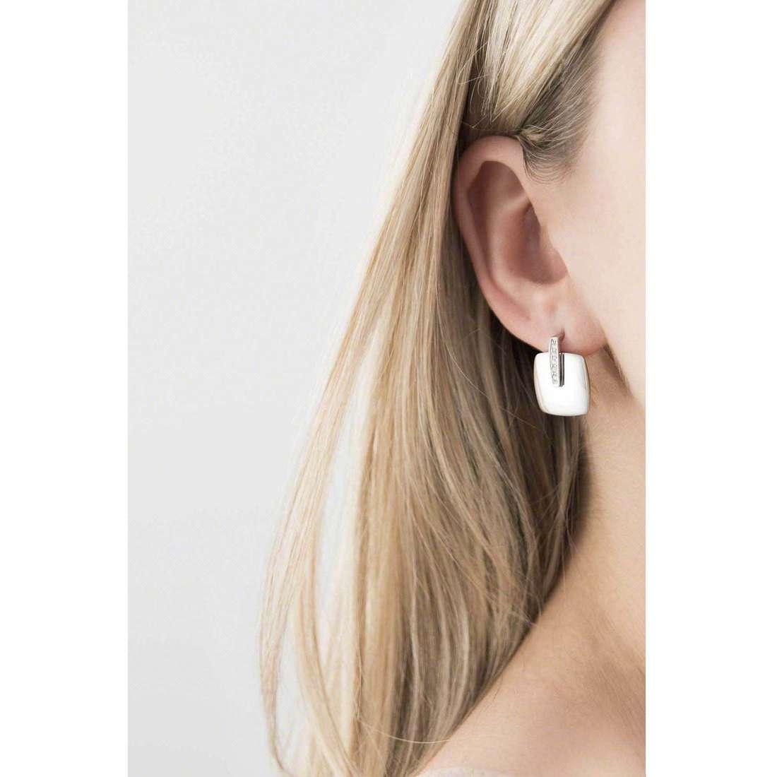 Breil boucles d'oreille New Blast femme TJ1611 indosso