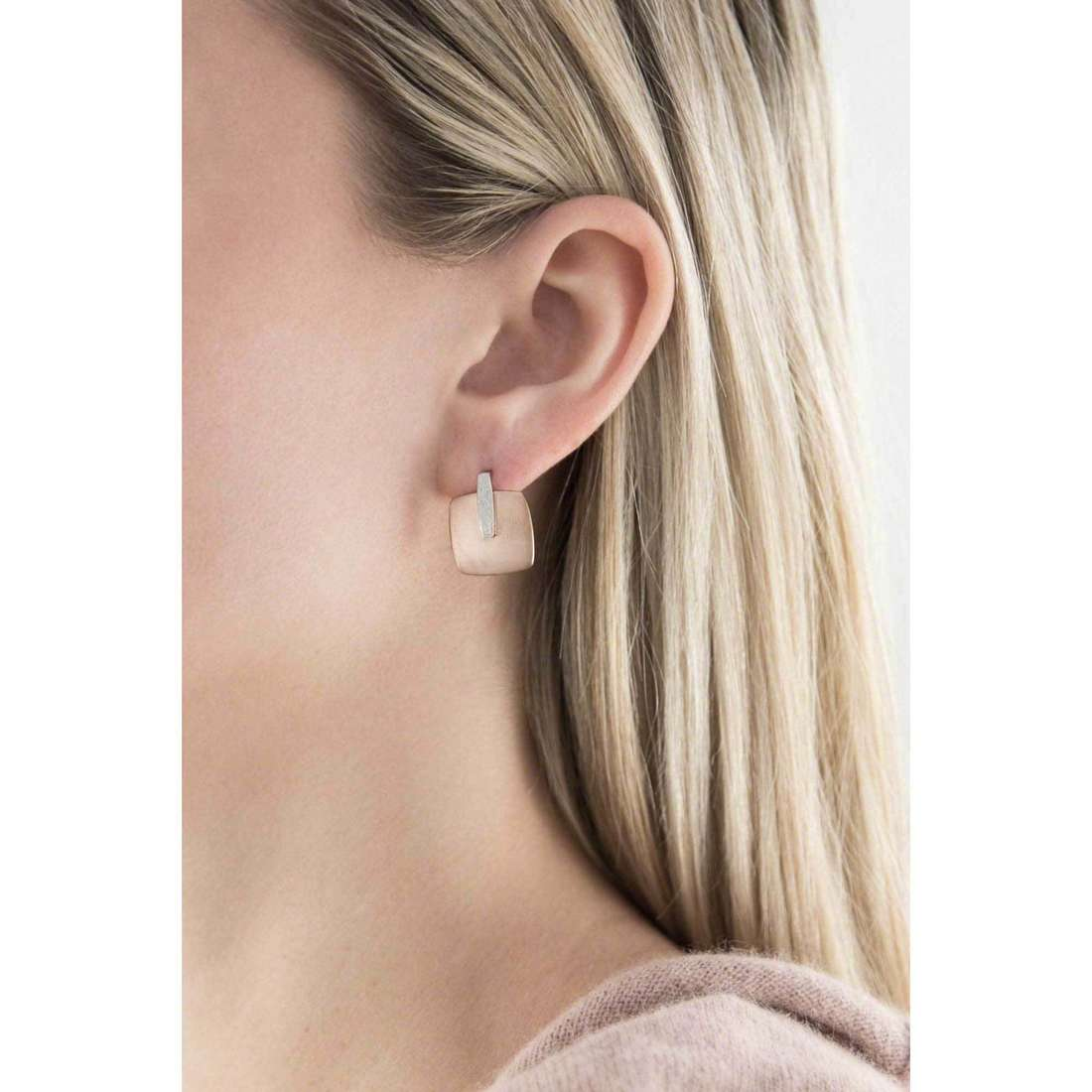 Breil boucles d'oreille New Blast femme TJ1614 indosso