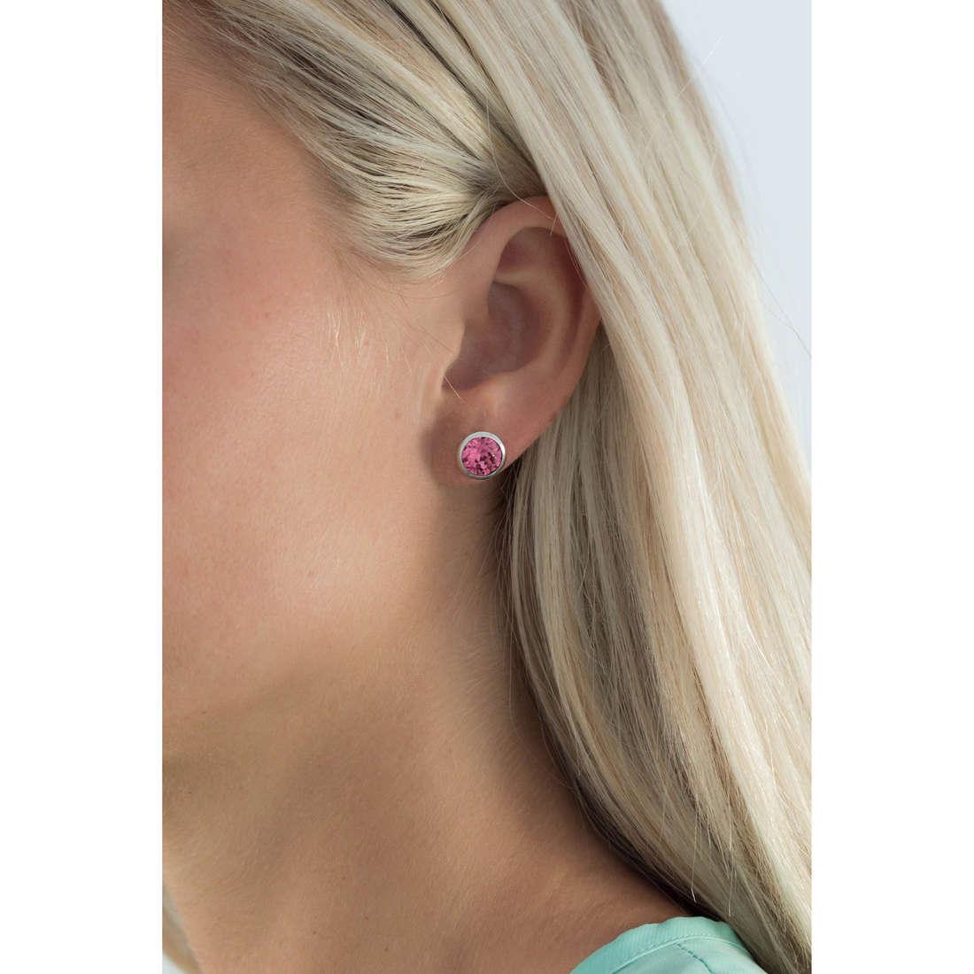 Brosway boucles d'oreille E-Tring femme BRT22 indosso