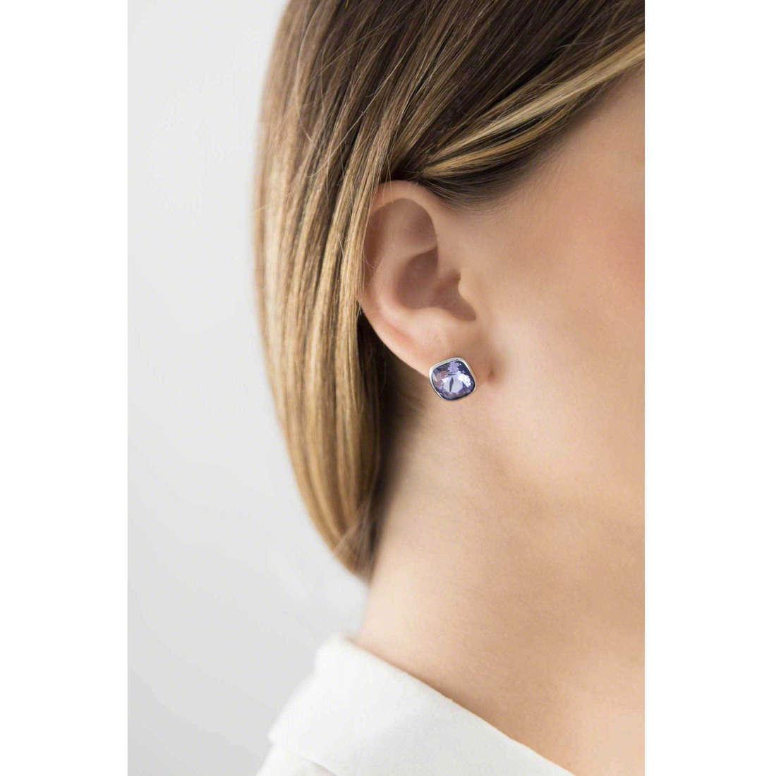 Brosway boucles d'oreille E-Tring femme BRT25 indosso