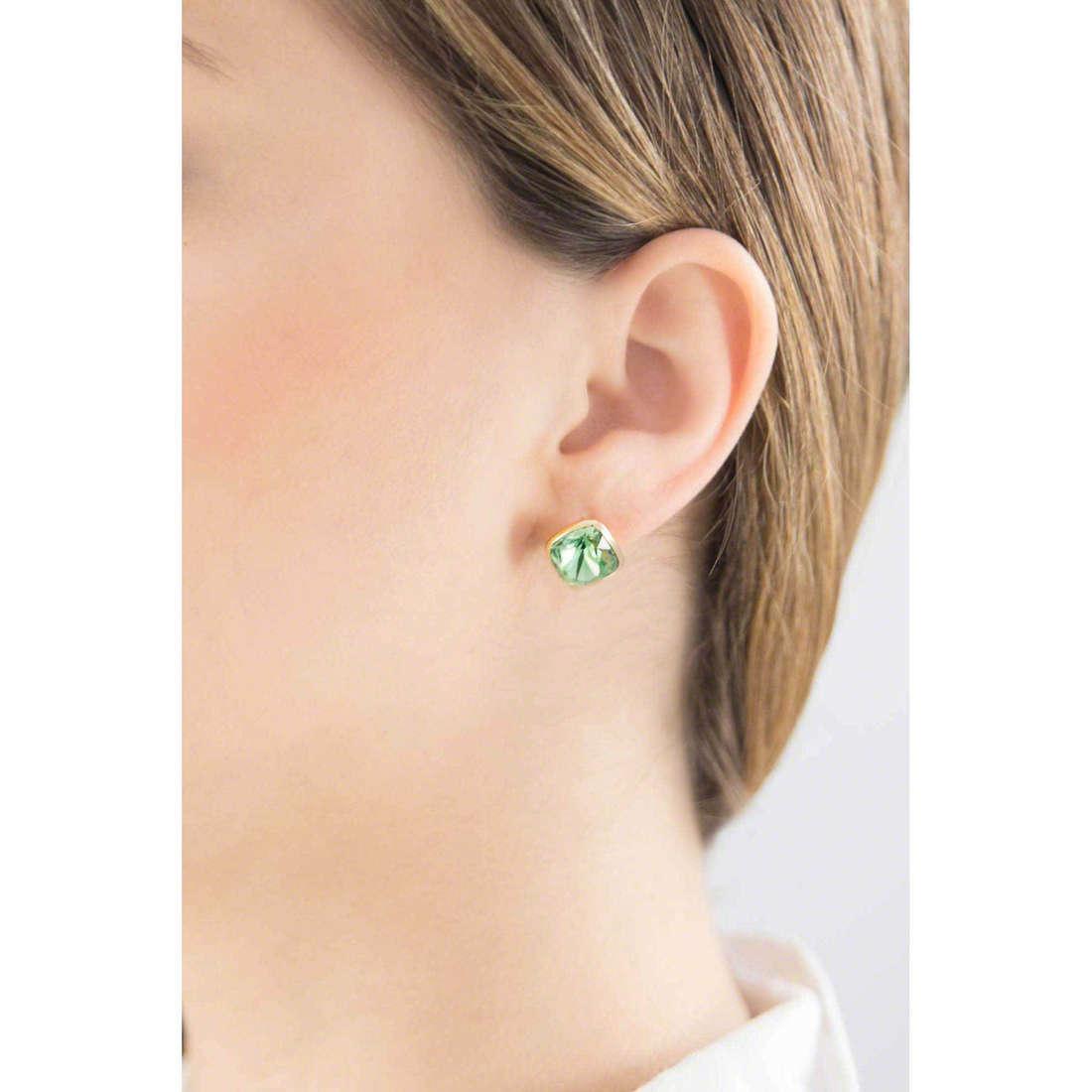 Brosway boucles d'oreille E-Tring femme BRT27 indosso