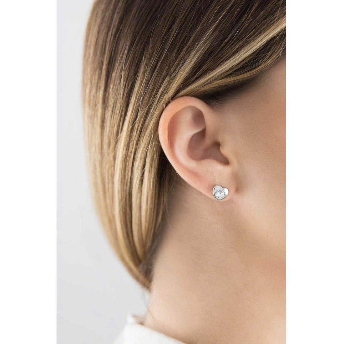 Brosway boucles d'oreille Epsilon femme BEO23 indosso