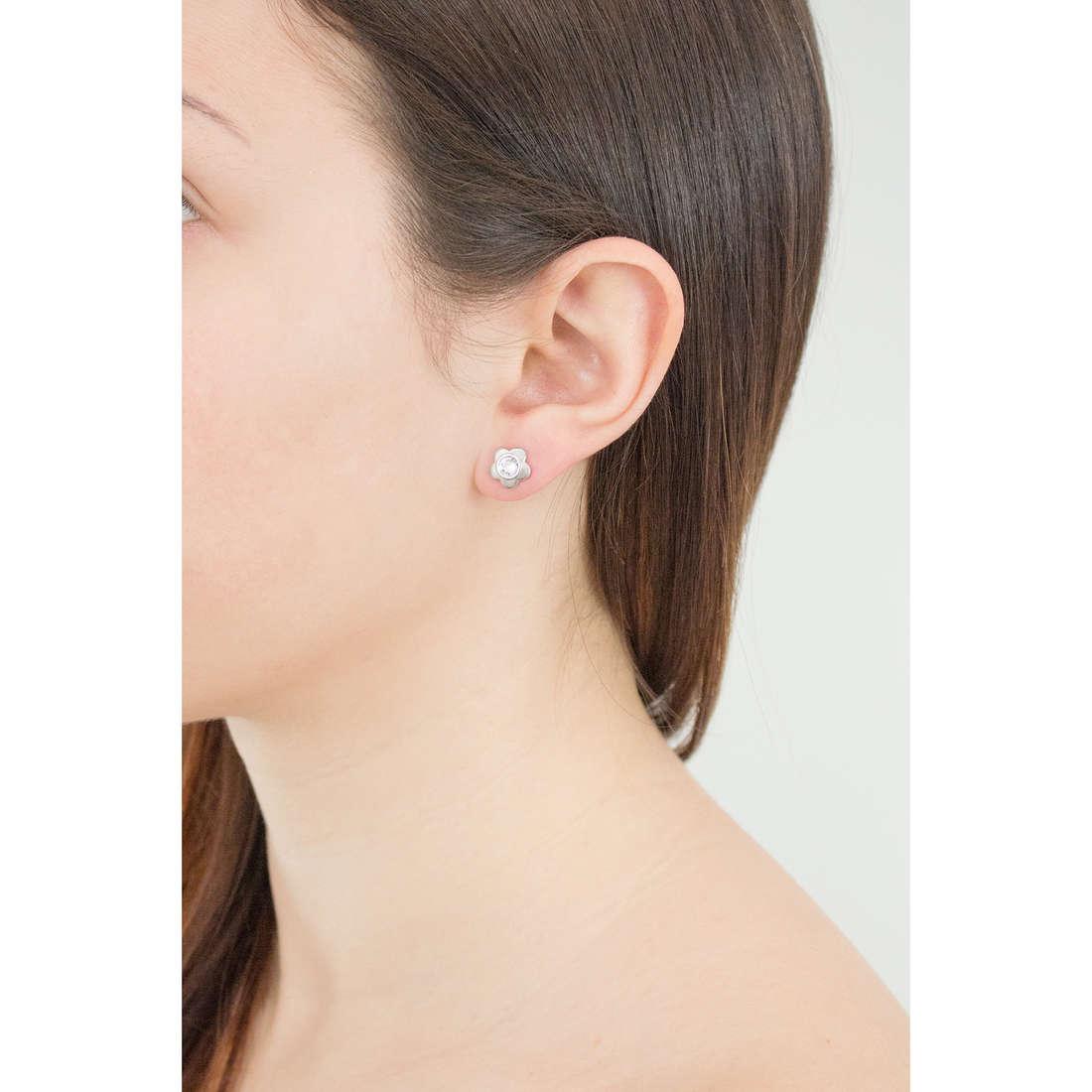 Brosway boucles d'oreille Epsilon femme BEO24 indosso