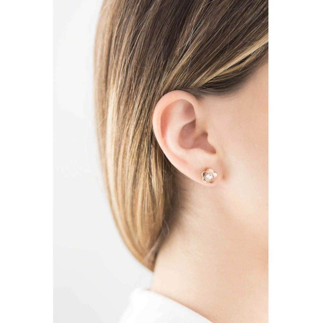 Brosway boucles d'oreille Epsilon femme BEO28 indosso