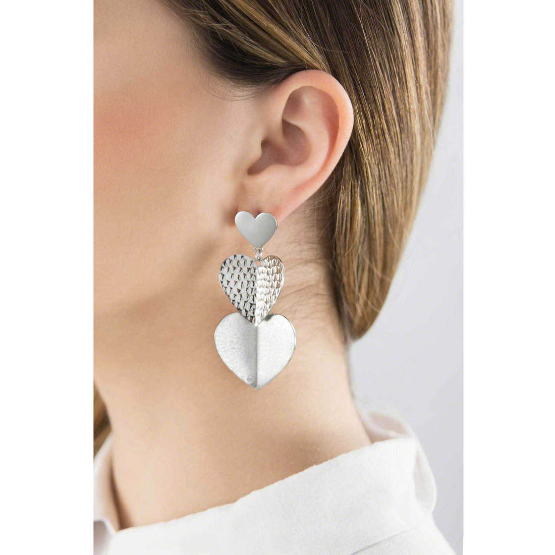 Brosway boucles d'oreille Heart Beat femme BHB22 indosso
