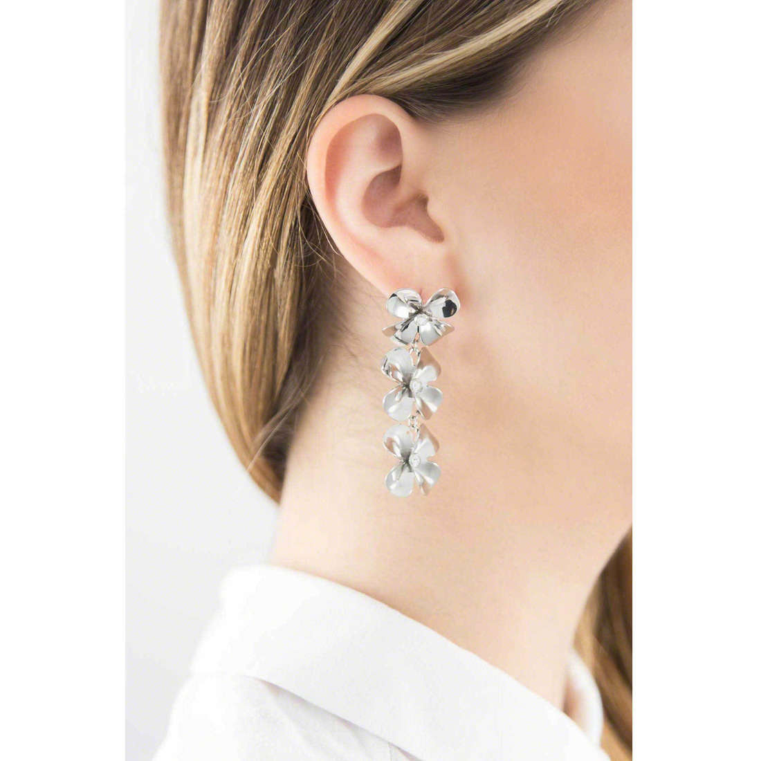 Brosway boucles d'oreille Jasmine femme BJN21 indosso