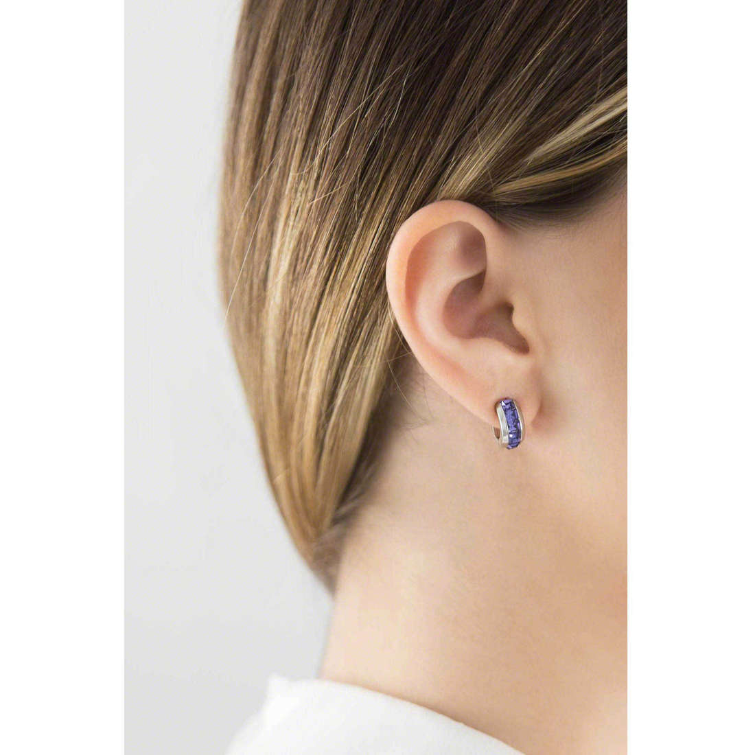 Brosway boucles d'oreille Tres Jolie femme BTJE03 photo wearing