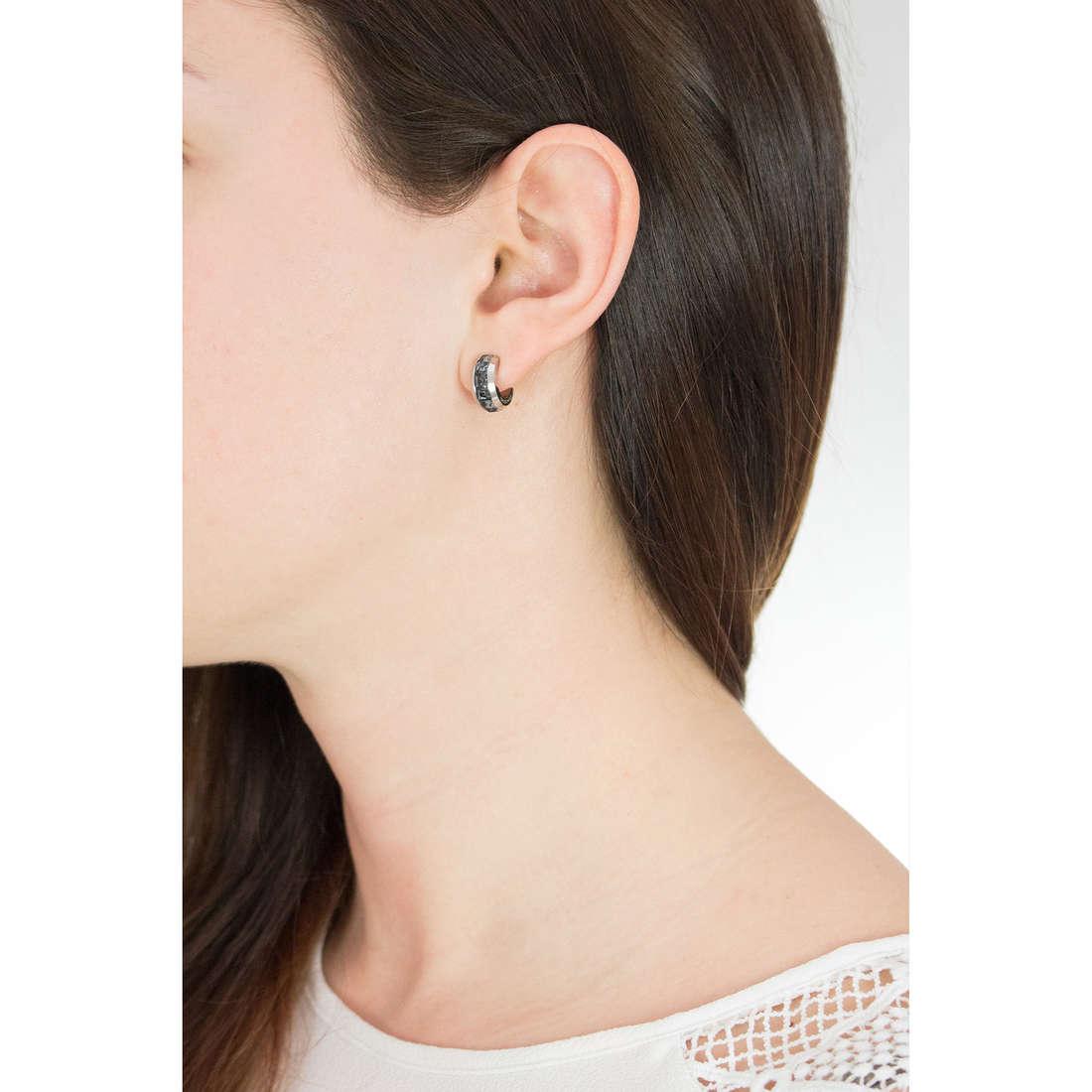 Brosway boucles d'oreille Tres Jolie femme BTJE05 photo wearing
