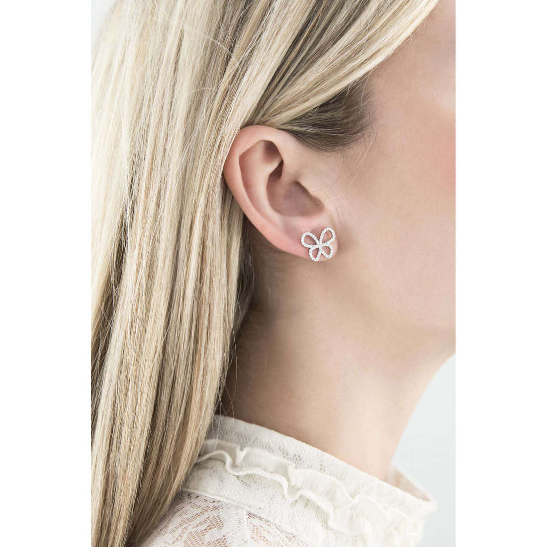 Comete boucles d'oreille Farfalle femme ORA 106 photo wearing