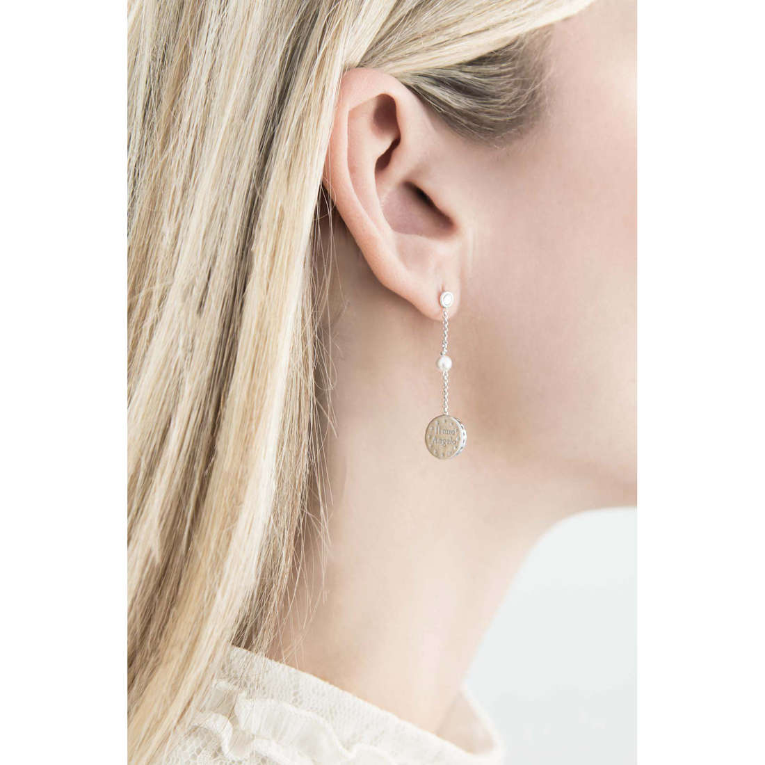 Comete boucles d'oreille Holy femme ORA 102 indosso