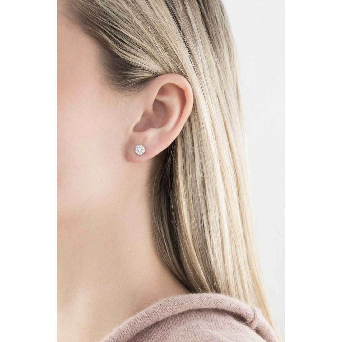 Fossil boucles d'oreille Fall 2013 femme JF00828040 indosso