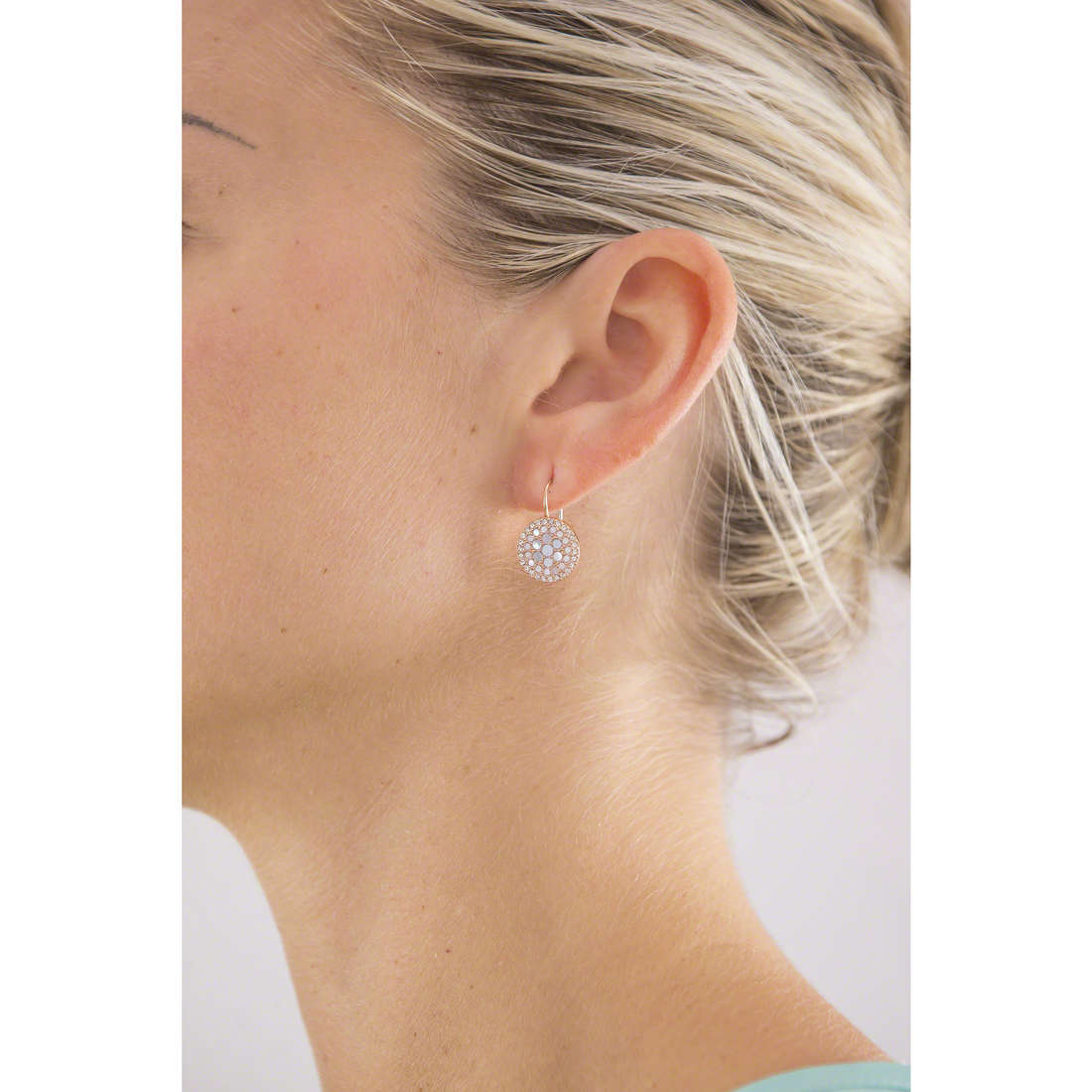 Fossil boucles d'oreille Spring 15 femme JF01737791 indosso