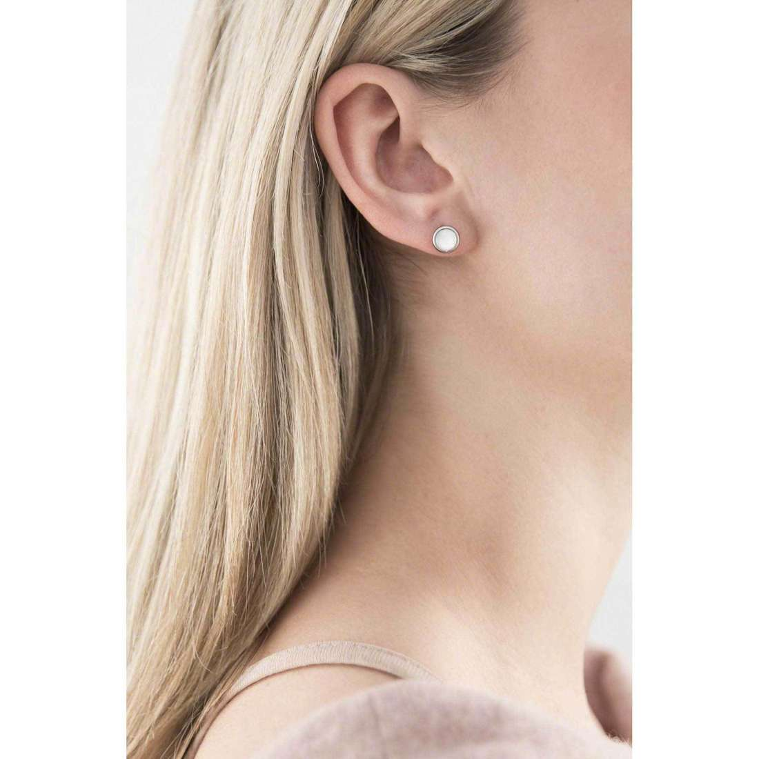 Fossil boucles d'oreille Summer 13 femme JF00705040 indosso