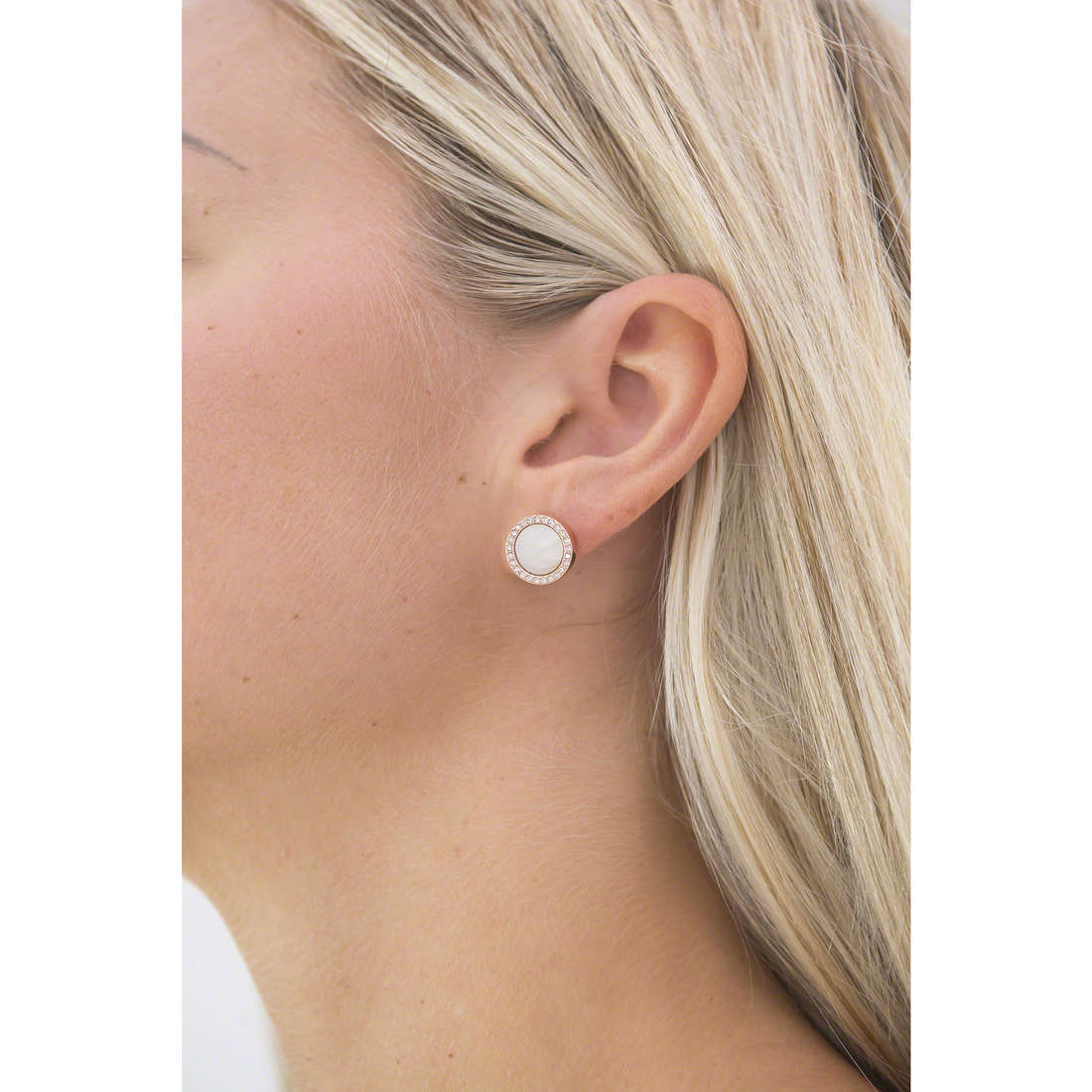 Fossil boucles d'oreille Summer 15 femme JF01715791 indosso