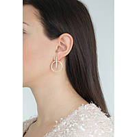 boucles d'oreille femme bijoux Guess Future Essential UBE84100