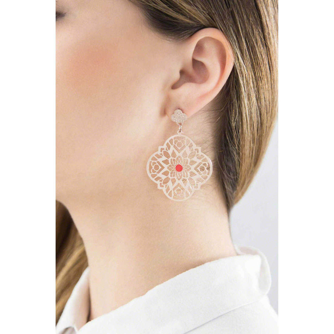 Marlù boucles d'oreille Woman Chic femme 2OR0025R indosso