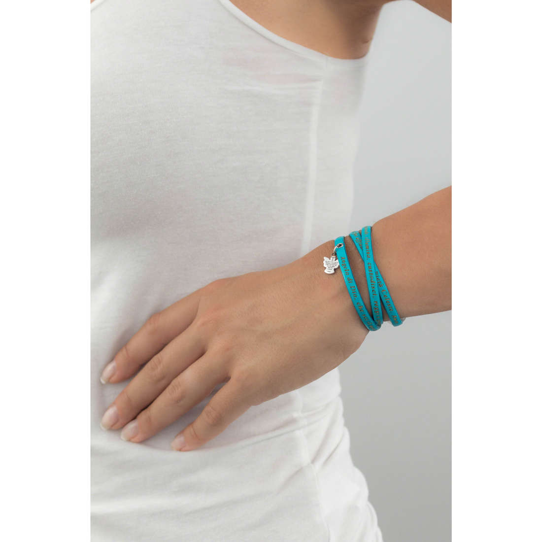 Amen bracciali Angelo di Dio donna AS-ADIT13-48 indosso