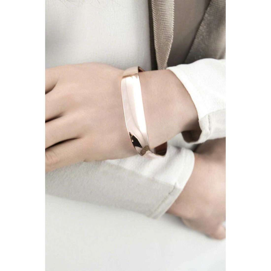 Breil bracciali Liquid donna TJ1878 indosso