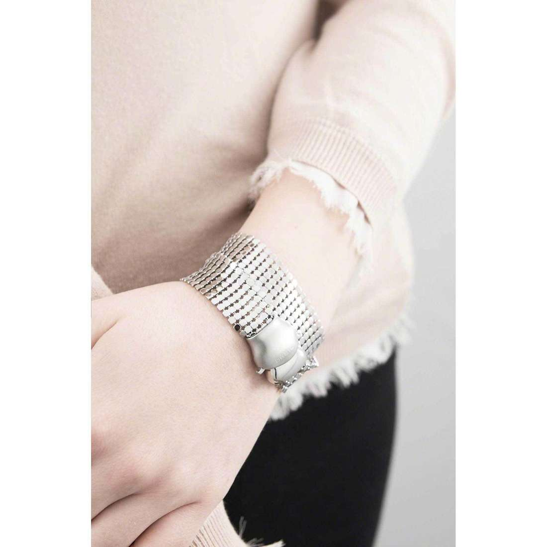 Breil bracciali Steel Silk donna TJ1228 indosso