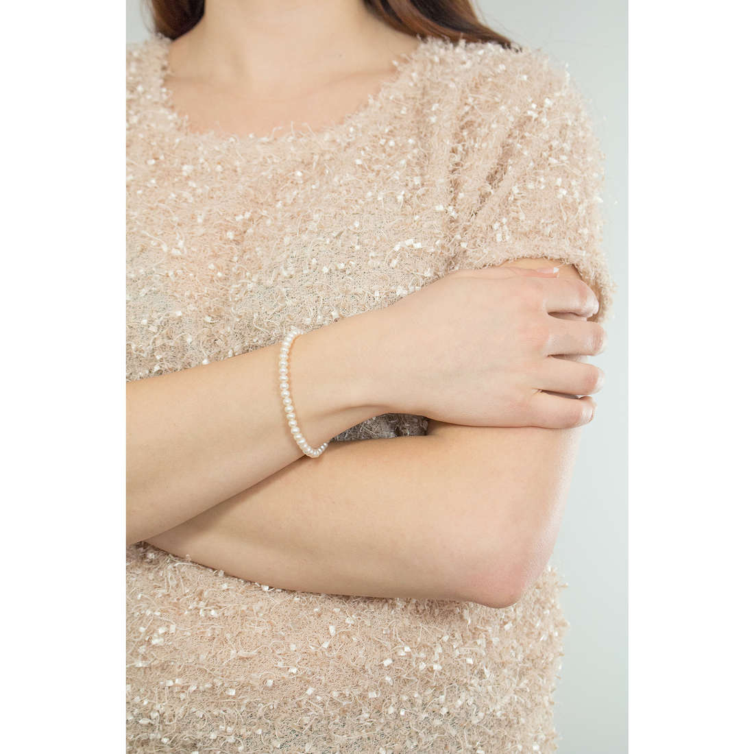 Comete bracciali Easy Basic donna BRQ 109 AM indosso