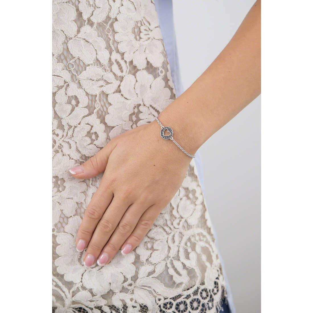 Guess bracciali G Girl donna UBB51498 indosso