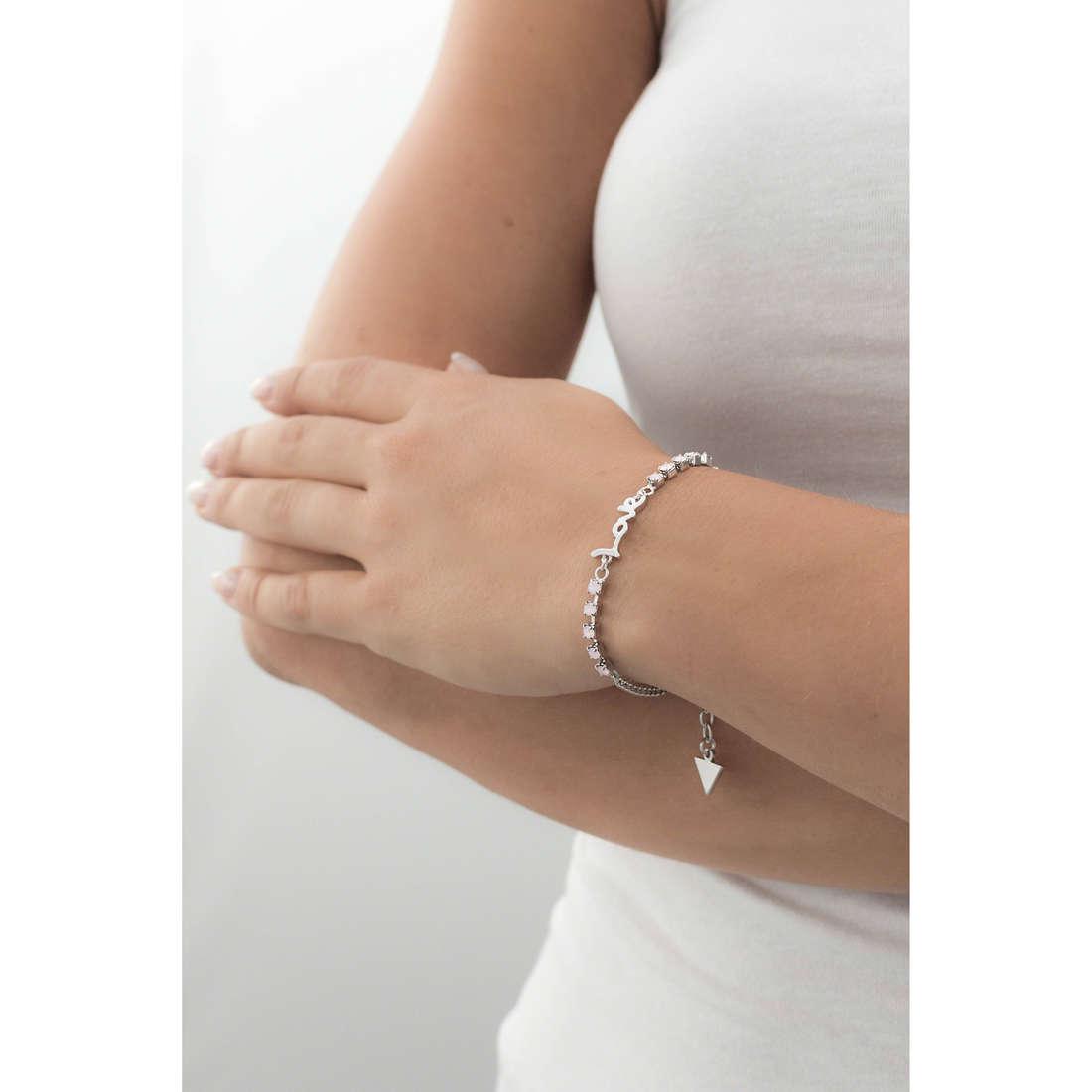 Guess bracciali donna UBB61007-S indosso