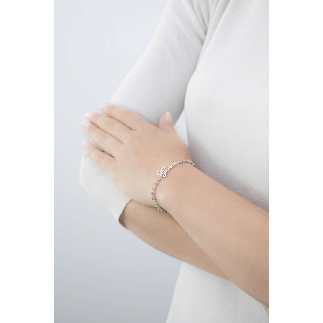 Guess bracciali donna UBB61088-S indosso