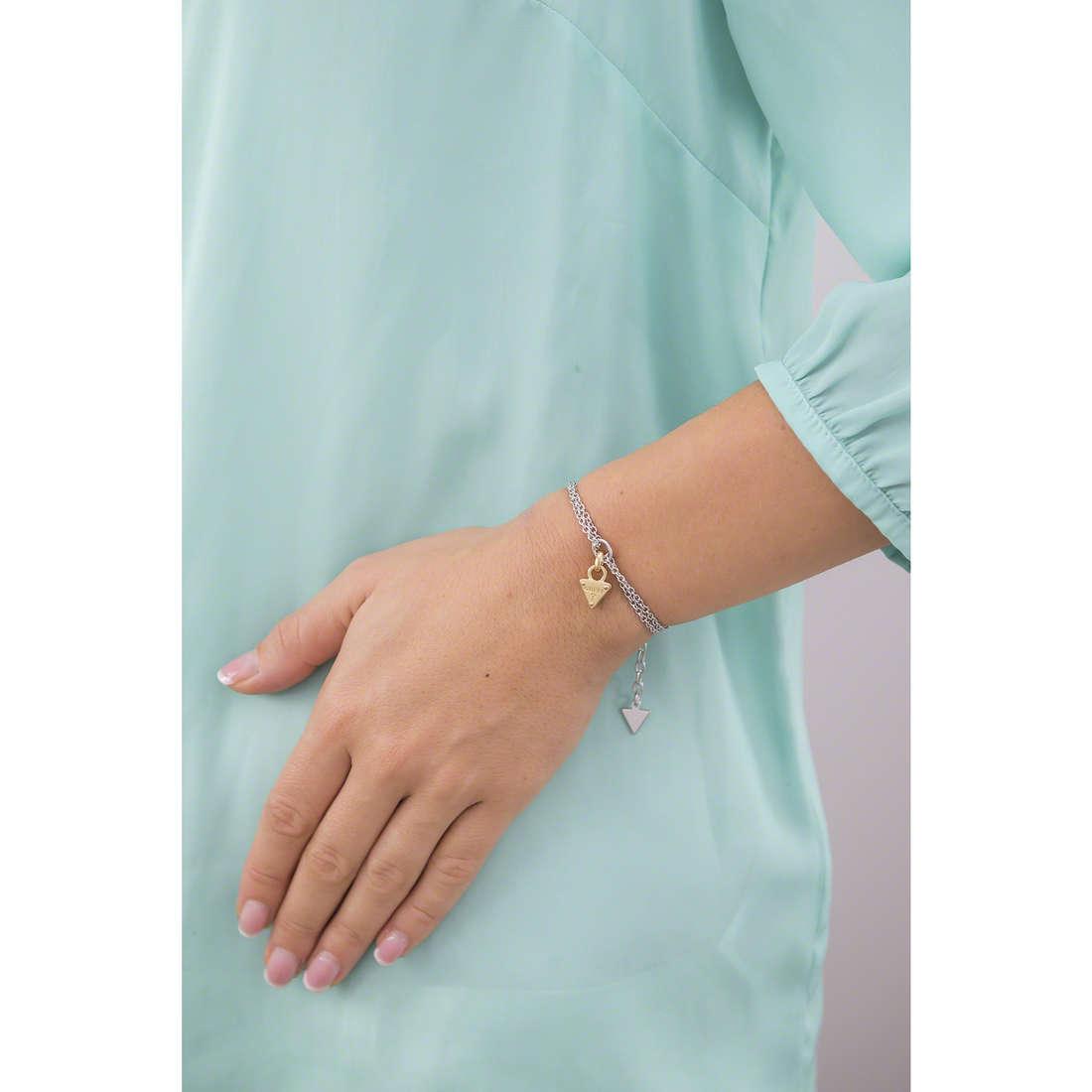 Guess bracciali donna UBB61111-S indosso