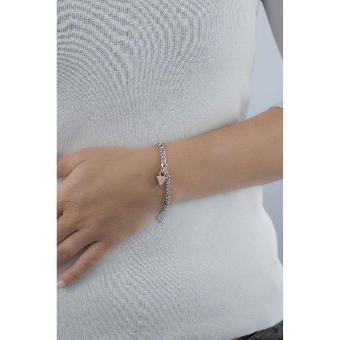 Guess bracciali donna UBB61112-S indosso