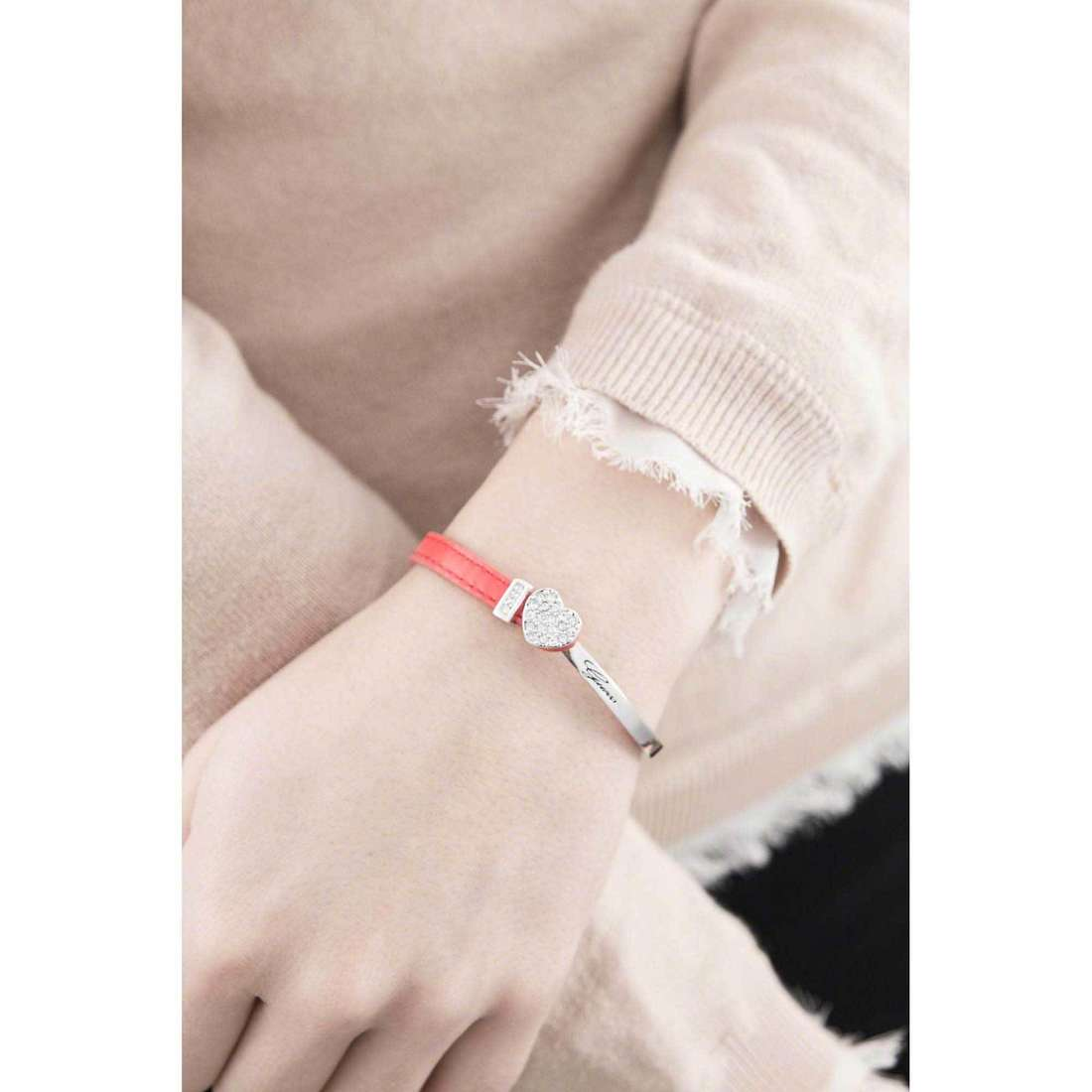 Guess bracciali donna UBS21302 indosso
