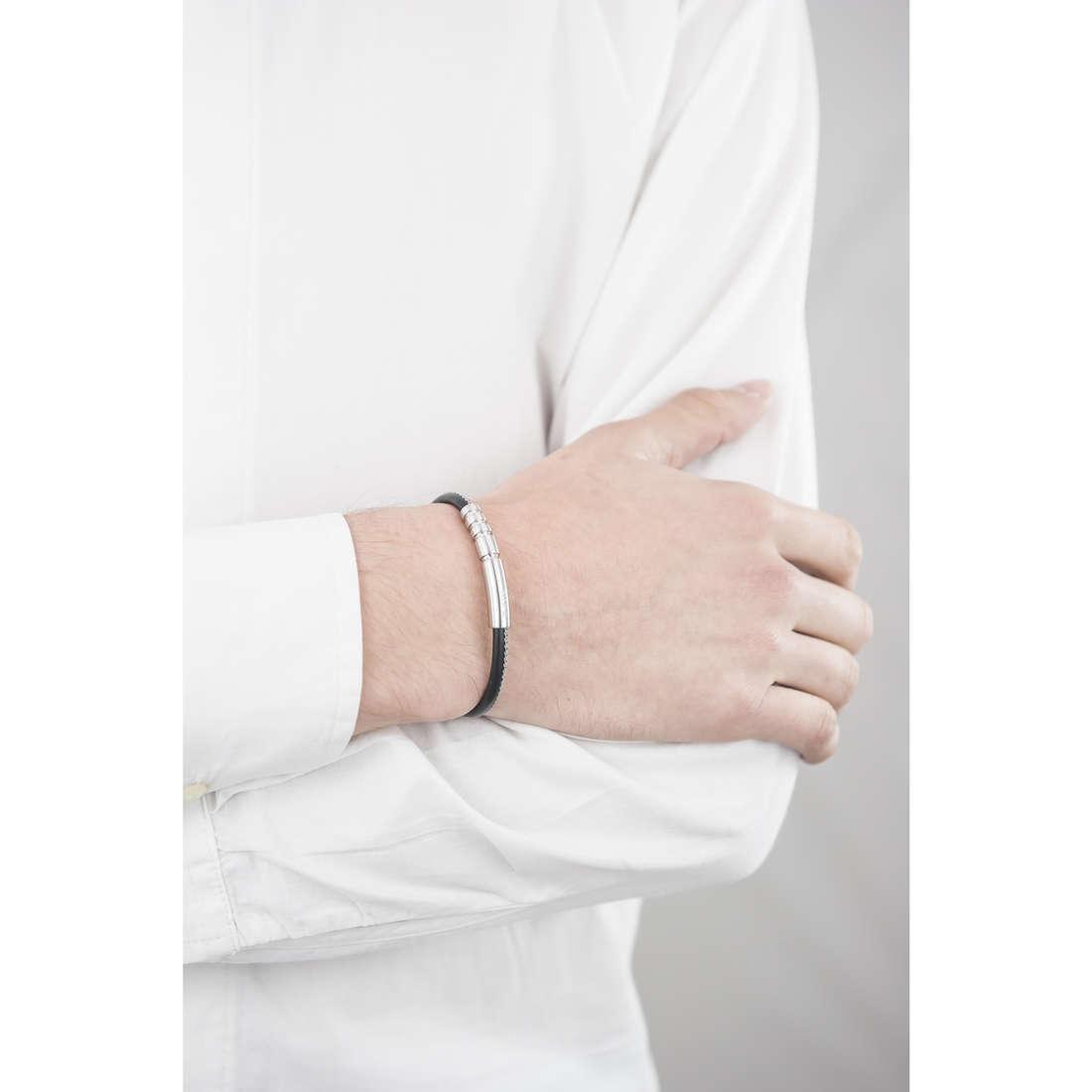 Breil bracciali B-R31L uomo TJ1816 indosso