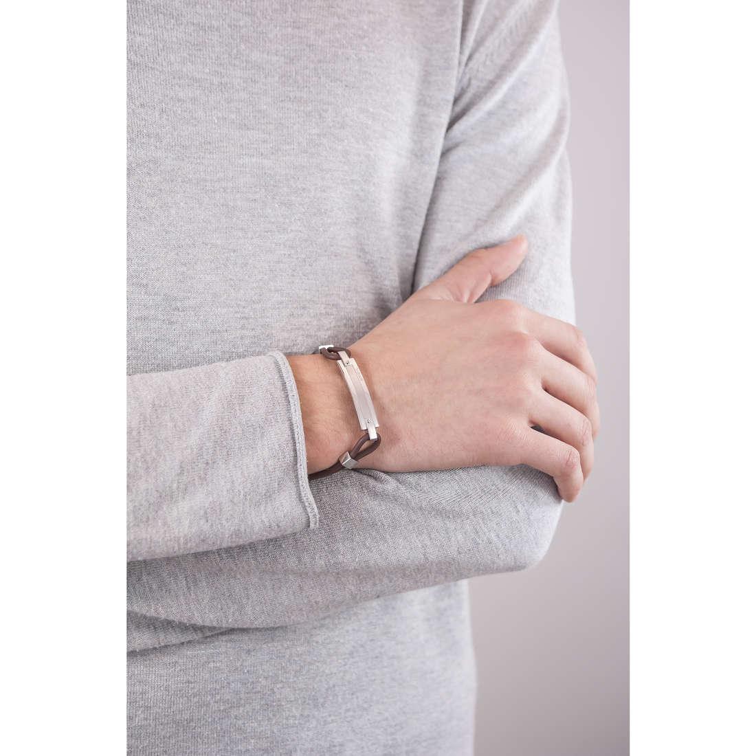 Breil bracciali New Bridge uomo TJ1505 indosso