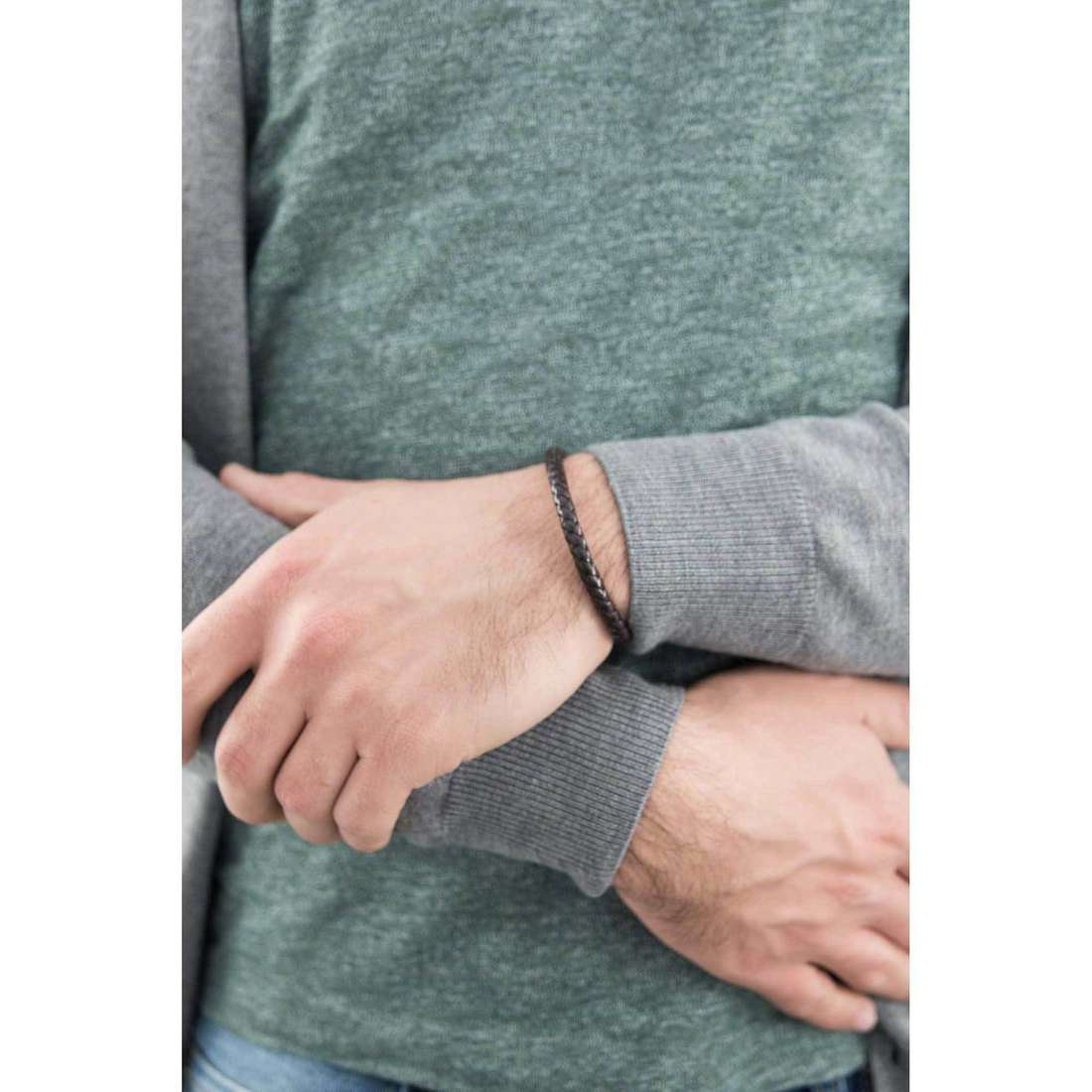 Brosway bracciali Tail uomo BTI03 indosso