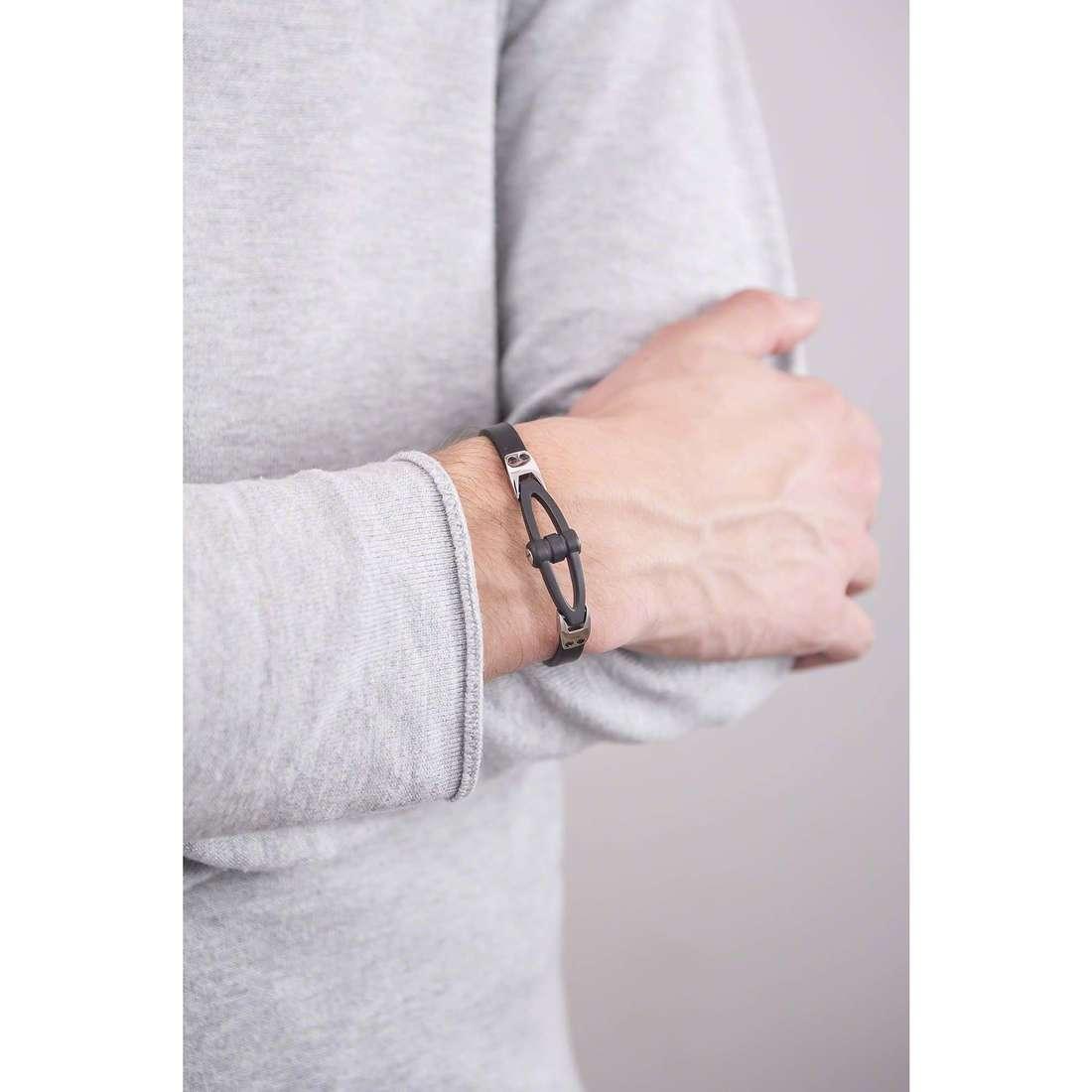 Brosway bracciali Workout uomo BWO15 indosso