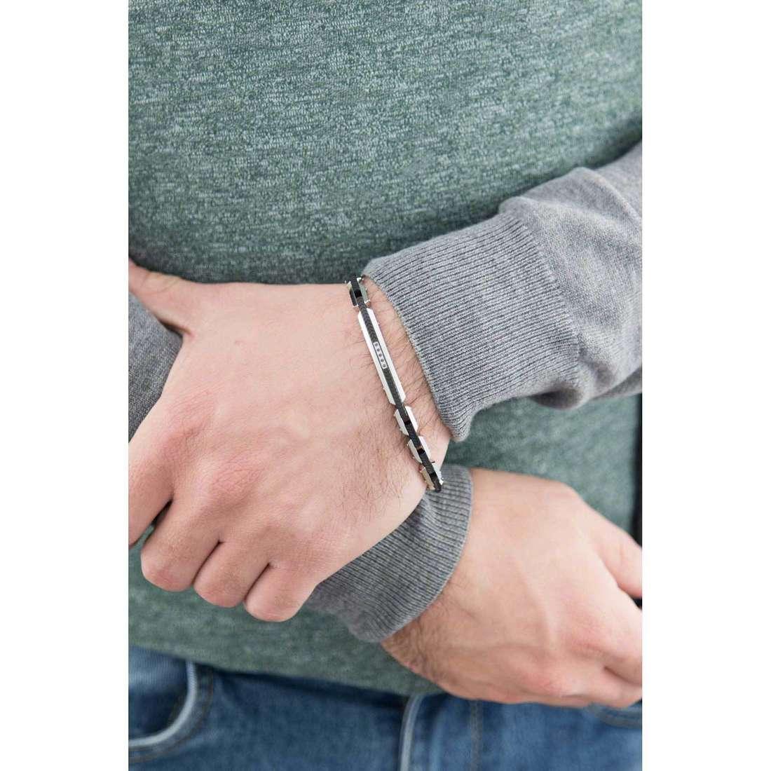 Comete bracciali Faces uomo UBR 457 indosso