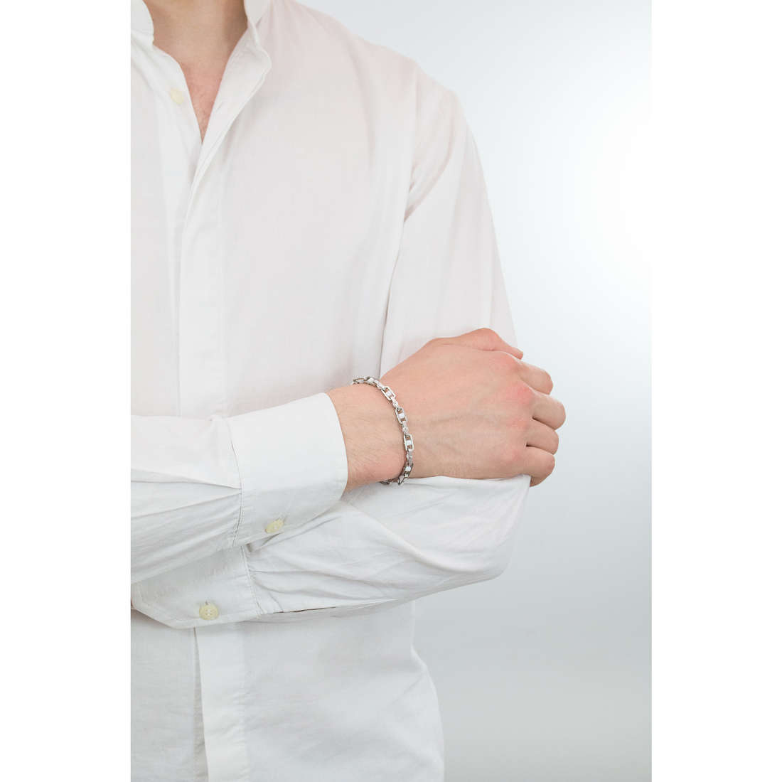 Comete bracciali Roller uomo UBR 468 indosso