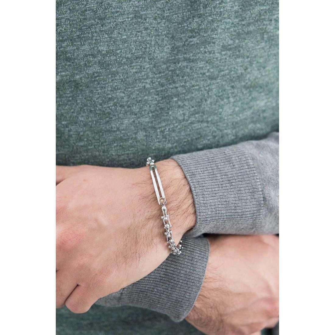 Comete bracciali Cambio uomo UBR 680 indosso